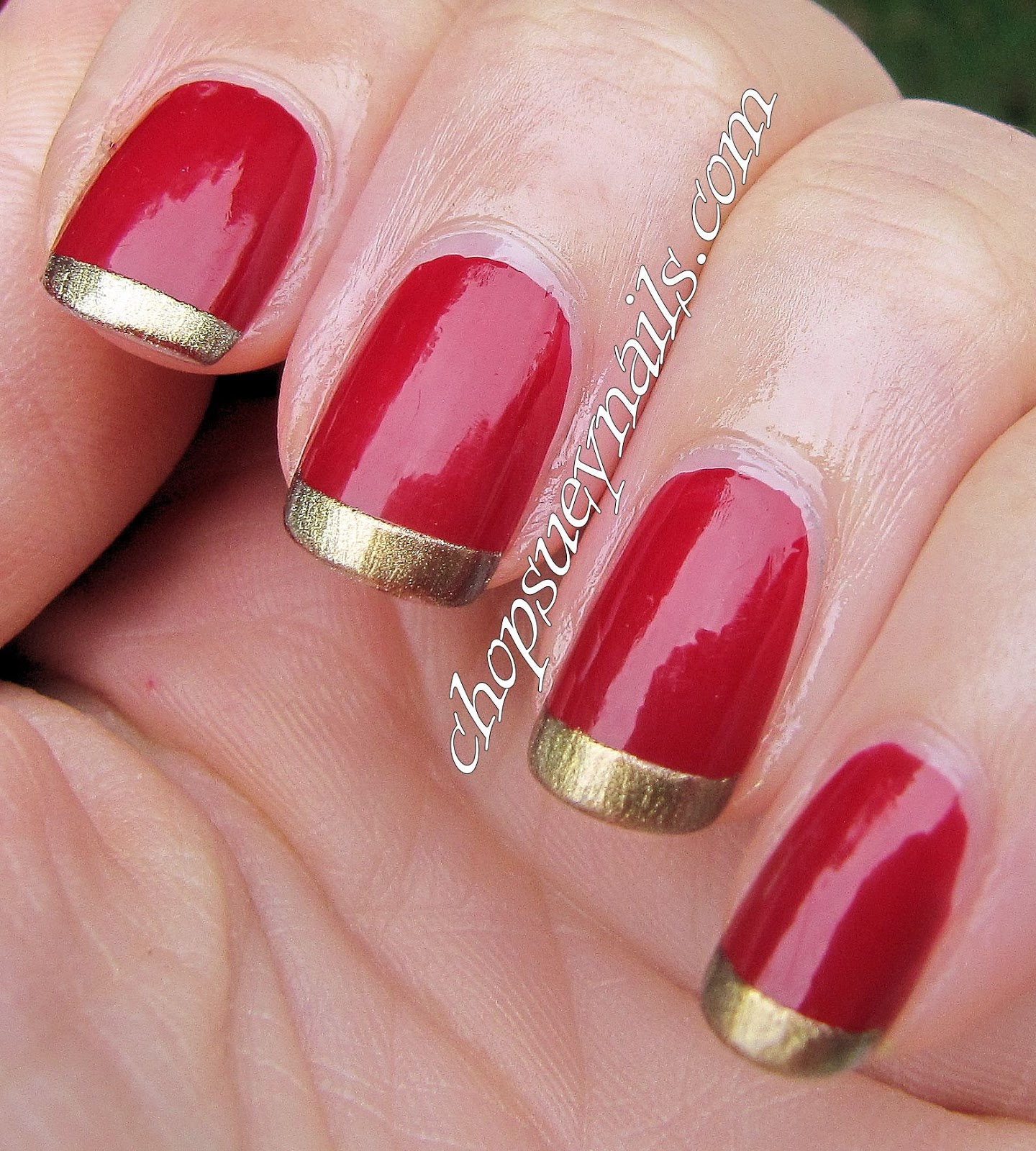 French manicure colorata rossa e oro