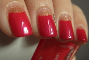 nailart-rossa-french-al-contrario