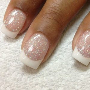 ricostruzione unghie glitter bianco